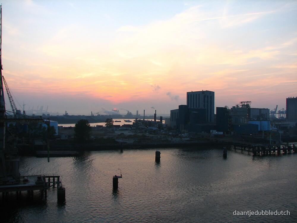 harbour sunset by daantjedubbledutch