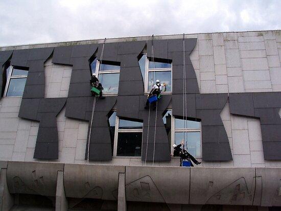 Scottish Windows by biddumy