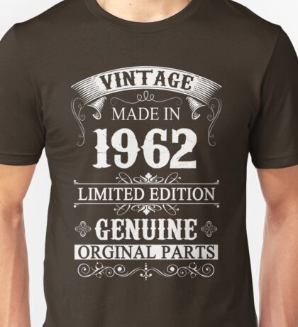 55 Years Old 1962 - 55th Birthday Gifts Unisex T-Shirt