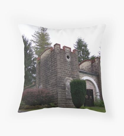 Sepulture of the blessed and the damned Throw Pillow