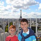 marcy e francy a Paris ... Francia  by Guendalyn