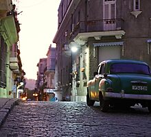 Early morning, Havana by LauraZim