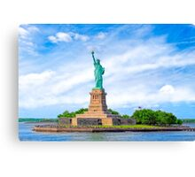 Liberty Island - Statue Of Liberty - New York City Canvas Print