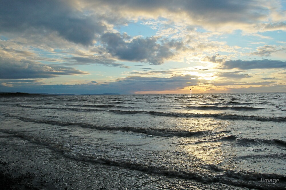 Slight Sea by JImage