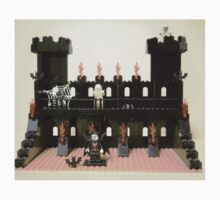 Horror Castle with Vampire, Skeleton and Ghost Minifigs by Customize My Minifig