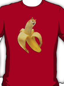 Doge meme wow banana T-Shirt
