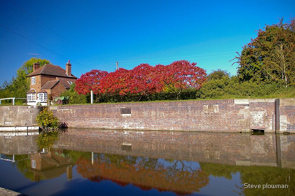 Lock cottage 2 by Steve plowman