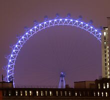 London Eye at night by simonc