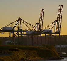 Halifax Container Pier by kenmo
