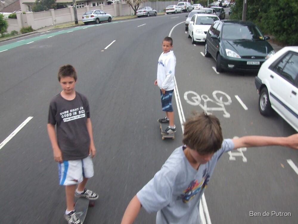 Skateboard kids Bronte Sydney  by Ben de Putron