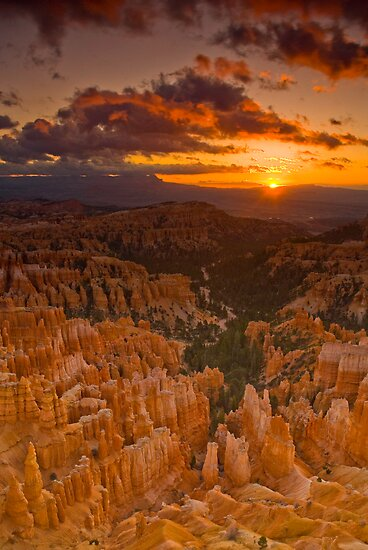 Bryce Canyon Sunrise by Nick Johnson