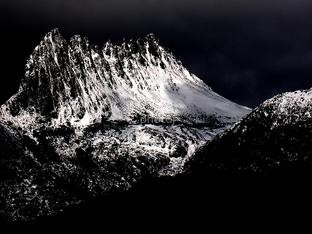 Tasmania Stormy Cradle Mt by photoj
