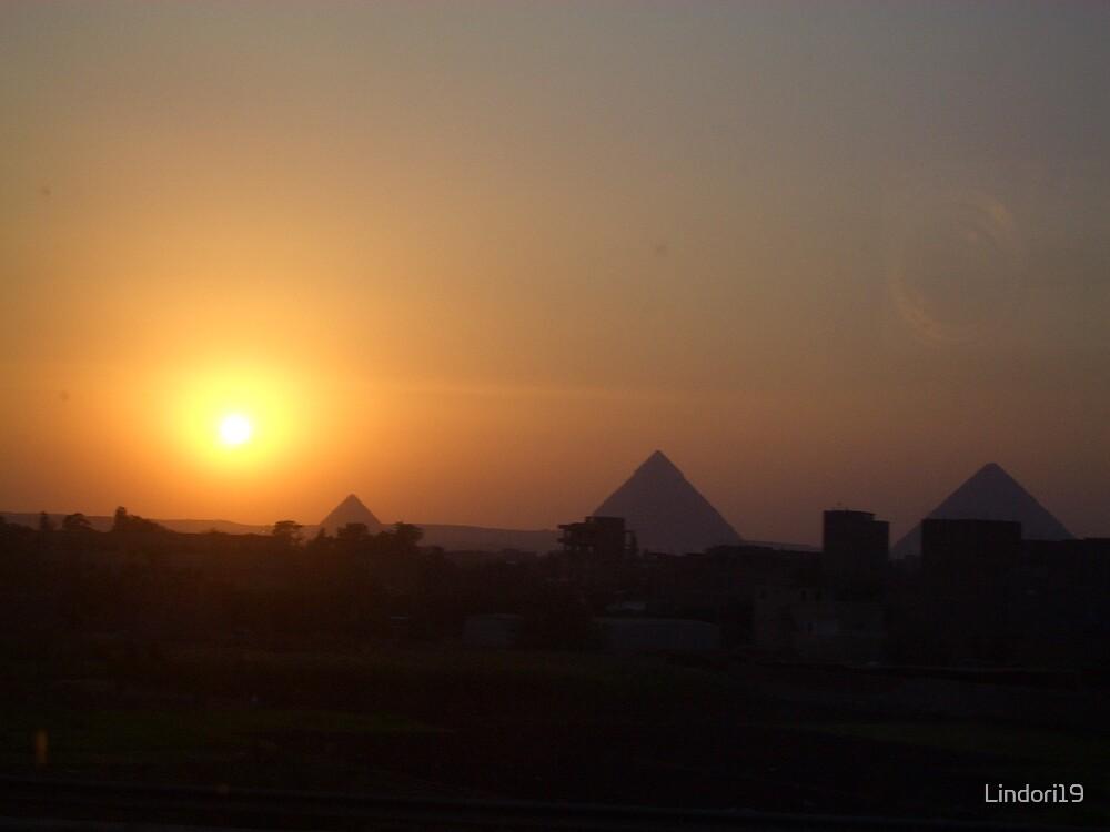 Pyramid Sunset by Lindori19