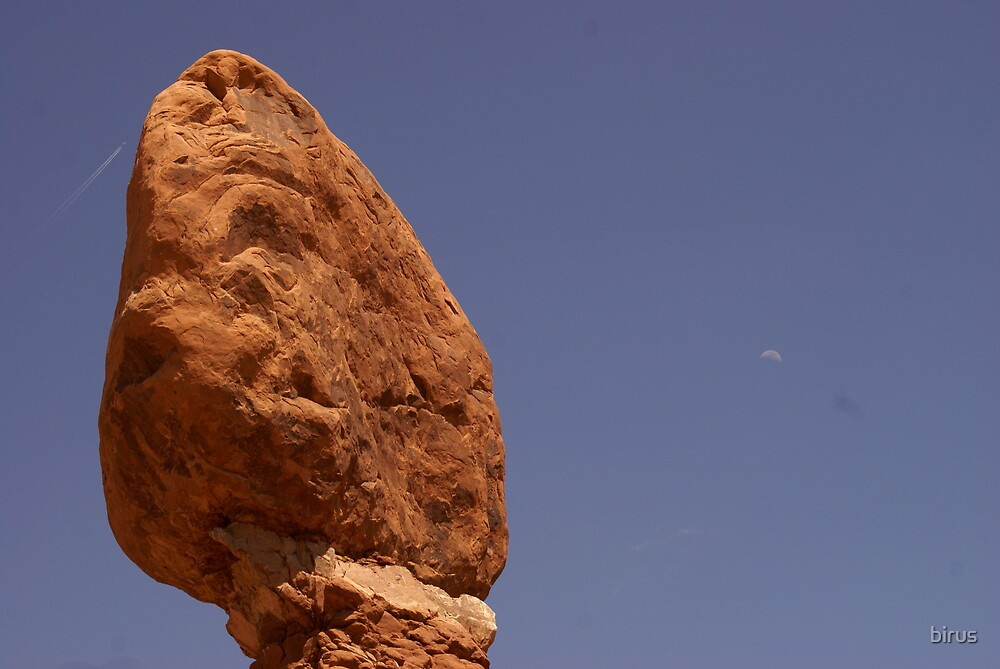 balanced rock by birus