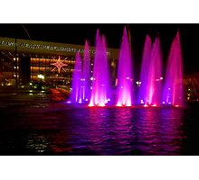 Holiday fountains in pink Photographic Print