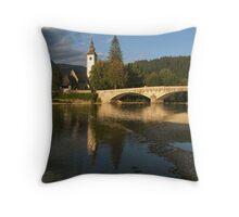 Bohinj Jezero, Slovenija Throw Pillow