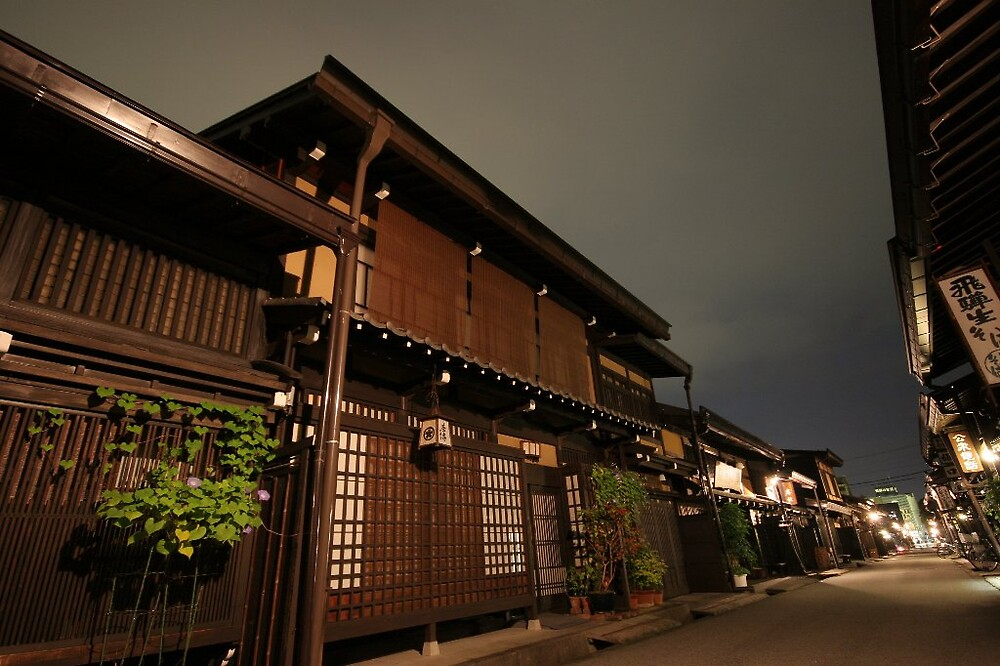 Takayama night streetscape by Trishy