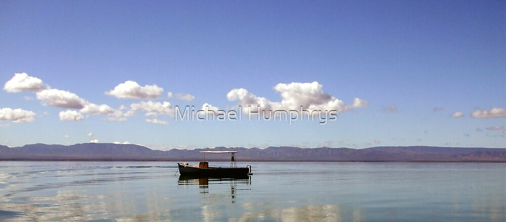 Tranquil Surroundings by Michael Humphrys
