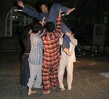 Monochrome Circus - Kyoto by Trishy
