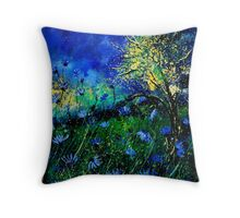 wild chicorees Throw Pillow