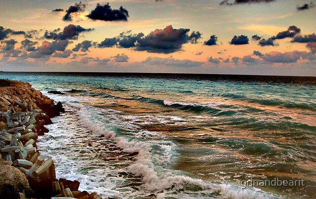 Cancun Waters by grinandbearit