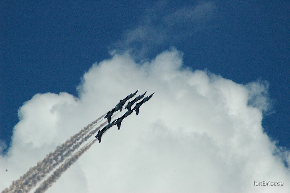 F-16 Extravaganza by IanBriscoe