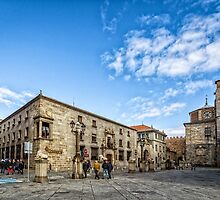 Cathedral Square in Avila by JJFarquitectos