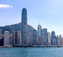 Facing HK Central District - Hong Kong. by Tiffany Lenoir