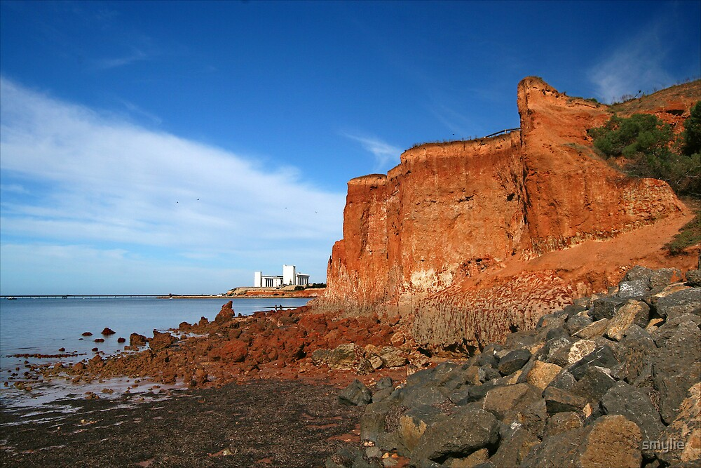 Ardrossan Cliff #3 by smylie
