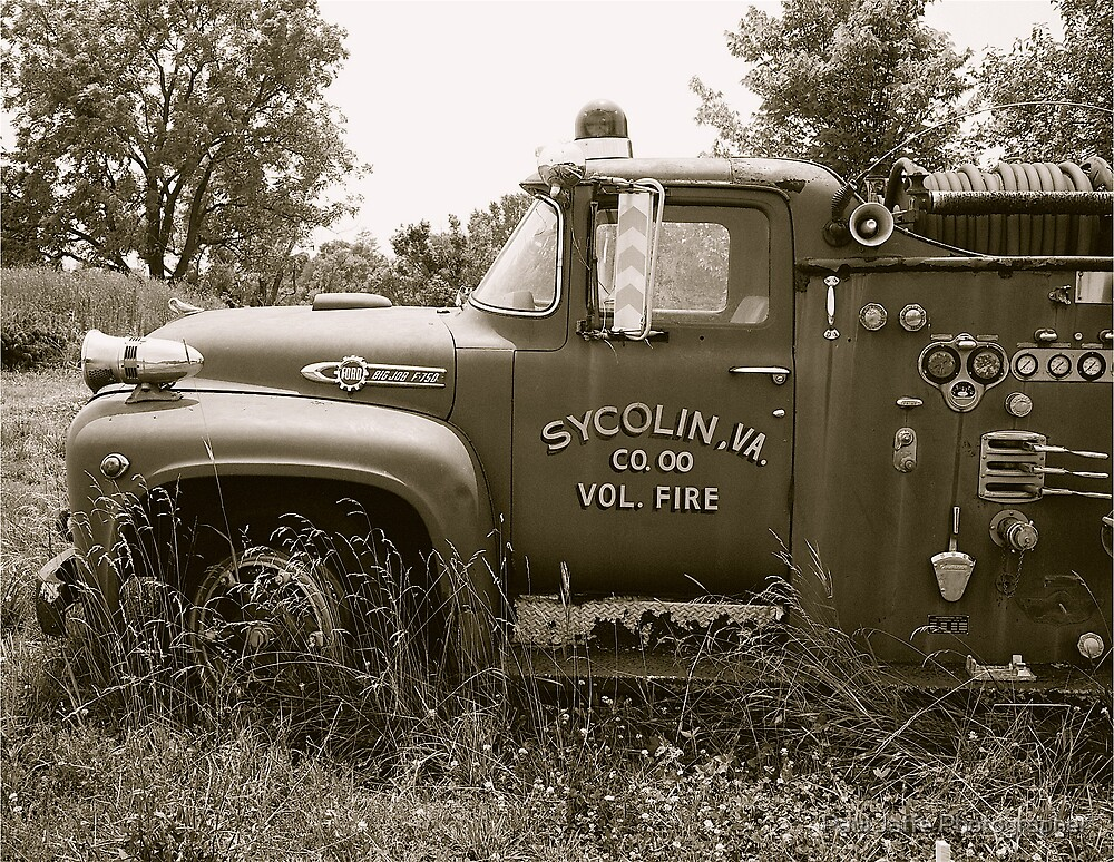 Old fire engine by Paul Jaffe Photographer