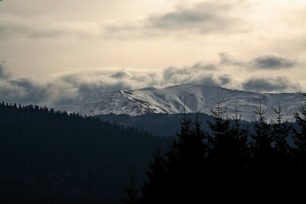Cold mountains by GabiB