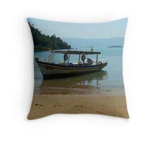footsteps on an untouched beach Throw Pillow