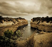 Loch Ard Gorge, Great Ocean Road, Victoria by Samantha Cole-Surjan