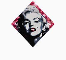 Marilyn Monrose Unisex T-Shirt