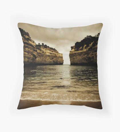 Loch Ard Gorge #2, Great Ocean Road, Victoria Throw Pillow