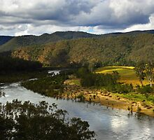 Mann River at Jackadgery by Darren Stones