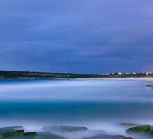 Maroubra Dawn by Jennifer  Jamie