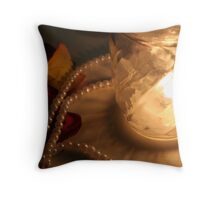 pearls before flame Throw Pillow
