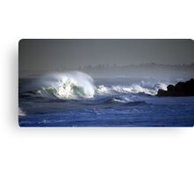 Slamming Lumps Canvas Print