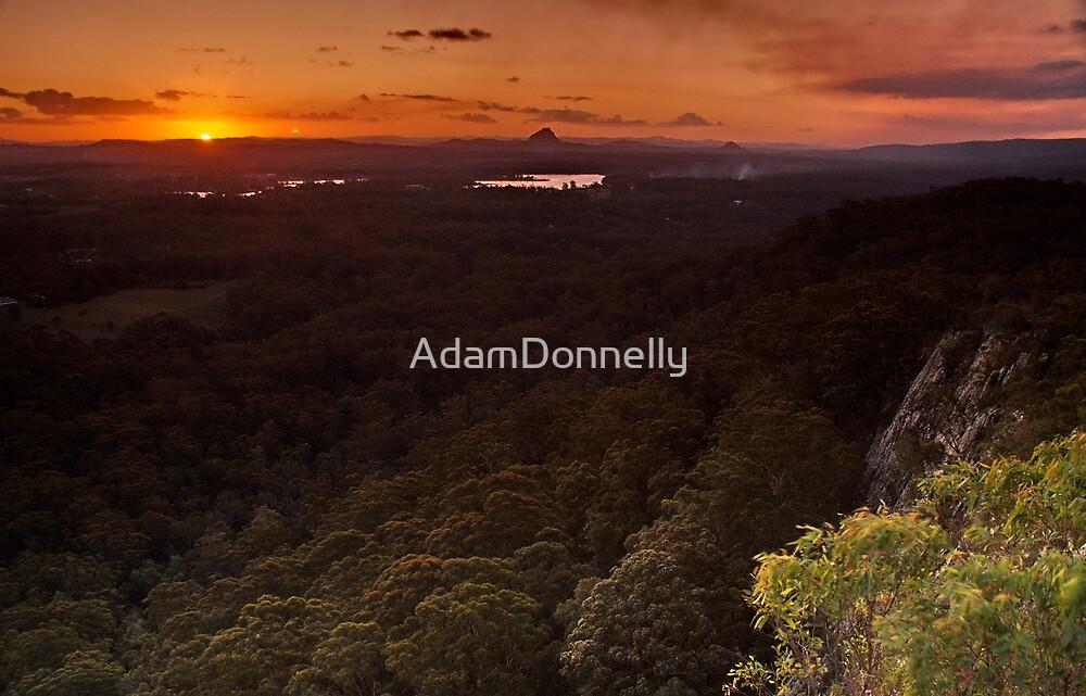 Last Light - Tinbeerwah by AdamDonnelly