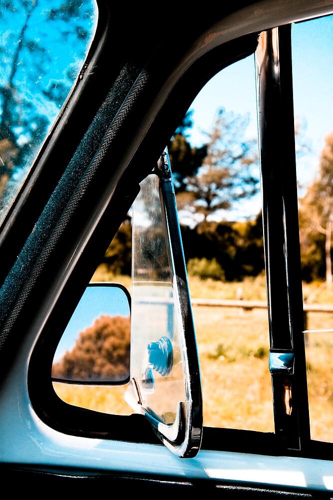 window by camillemcd