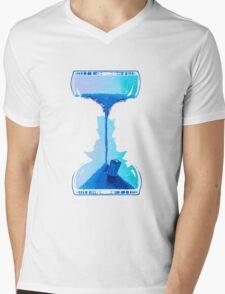 Dr who clock Mens V-Neck T-Shirt