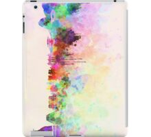 Rio de Janeiro skyline in watercolor background iPad Case/Skin