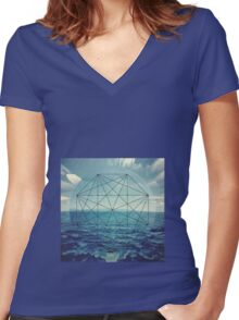 Straight lines of curved waves Women's Fitted V-Neck T-Shirt
