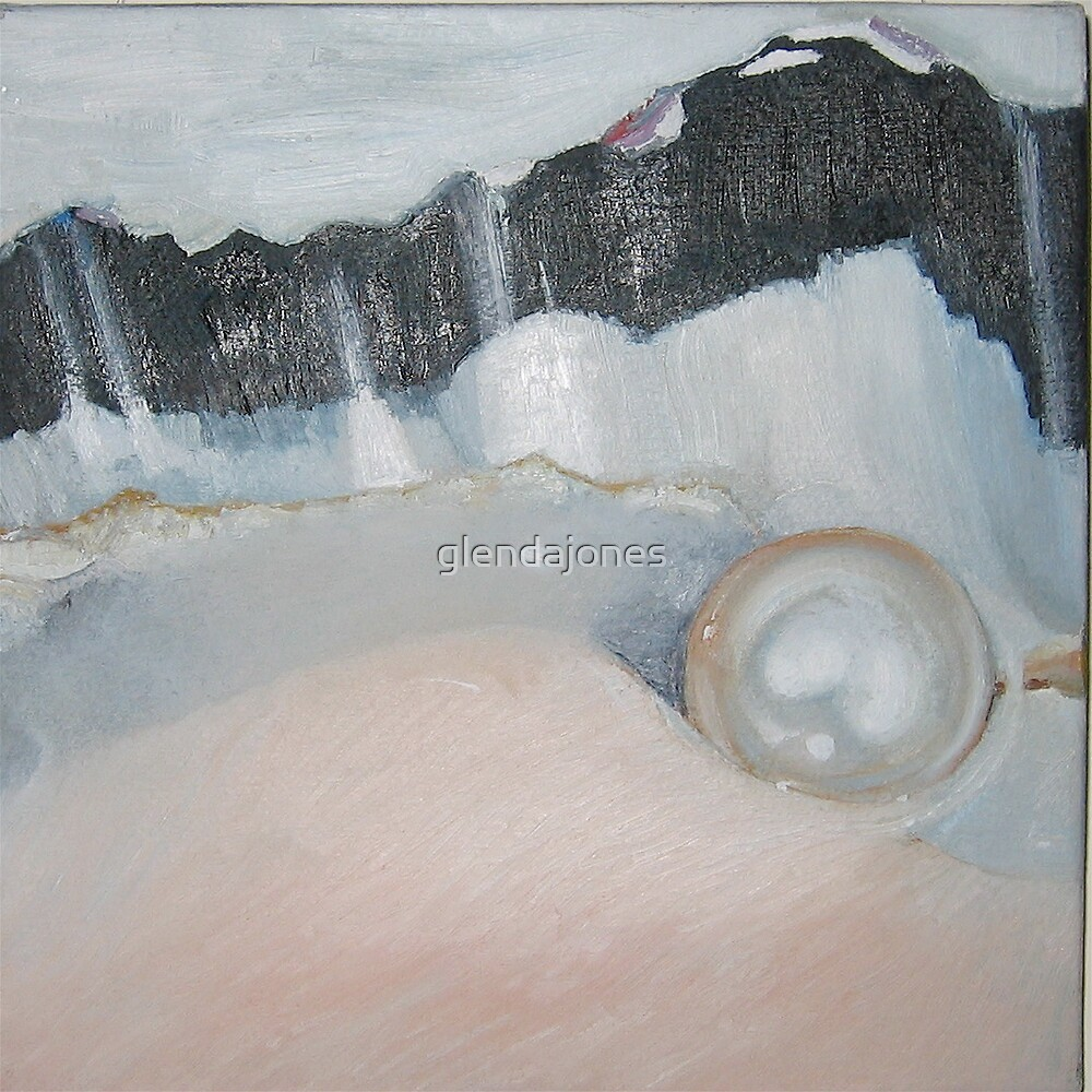 Pearl and Oyster 2 by Glenda Jones