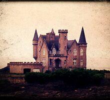 Turpault Castle by LeDormeurDuVol