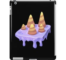 Glitch Wardrobia mental item 09 w1 iPad Case/Skin
