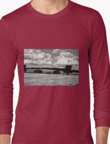 Wheat field in black and white Long Sleeve T-Shirt