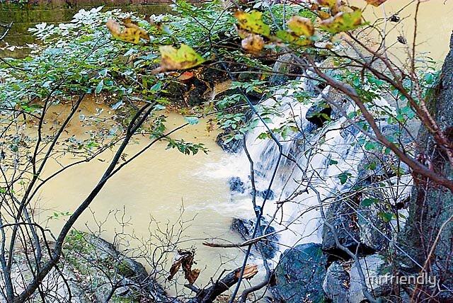 Water Fall by mrfriendly