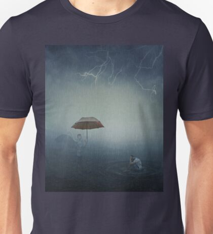 i'm here to protect you Unisex T-Shirt
